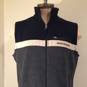 Abercrombie & Fitch fleece vest